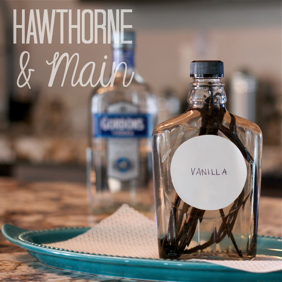 Real vanilla extract can be pricey and hard to find. Learn how easy it is to make your own DIY vanilla extract for a fraction of the best and an amazing taste!
