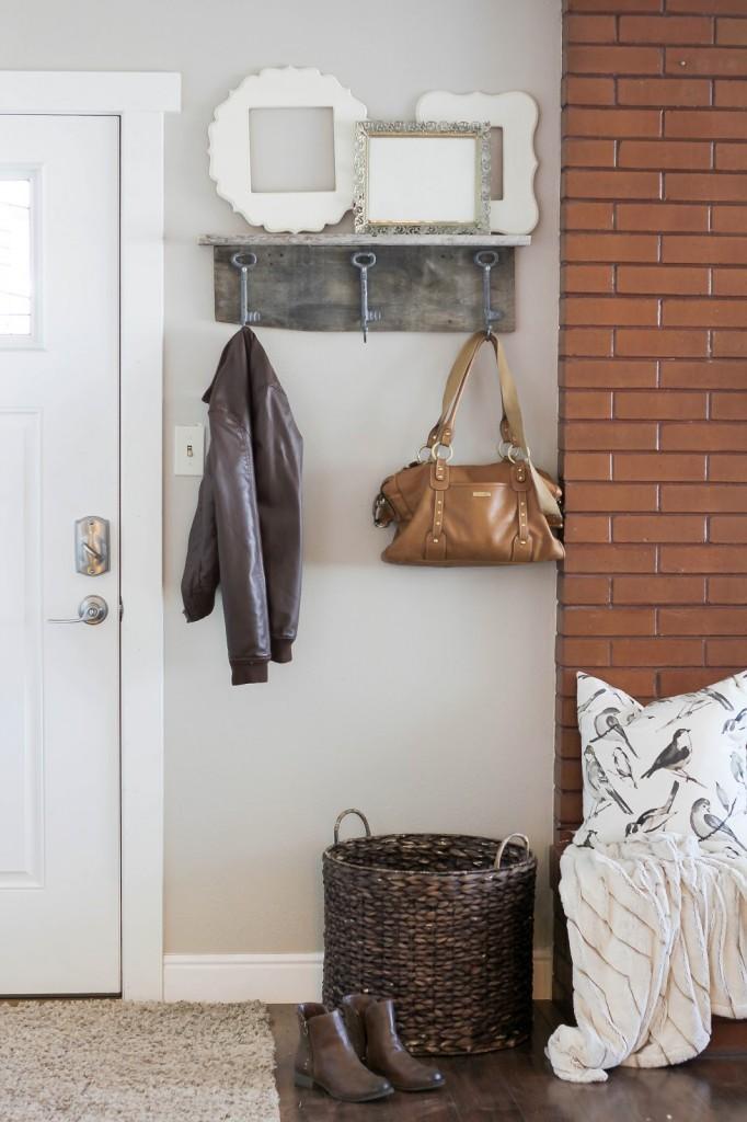 Barn Wood Shelf and Coat Rack – HAWTHORNE AND MAIN