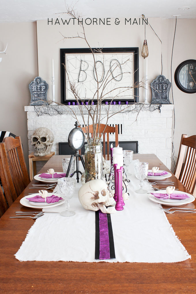 halloween dinning room and mantel with black and white with purple accents 1