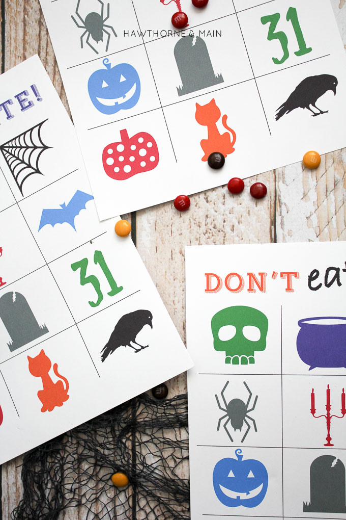 Looking for a quick game to play with the kids? Grownups and kids alike will enjoy spending time together, playing this Halloween Style Don't Eat Pete game.