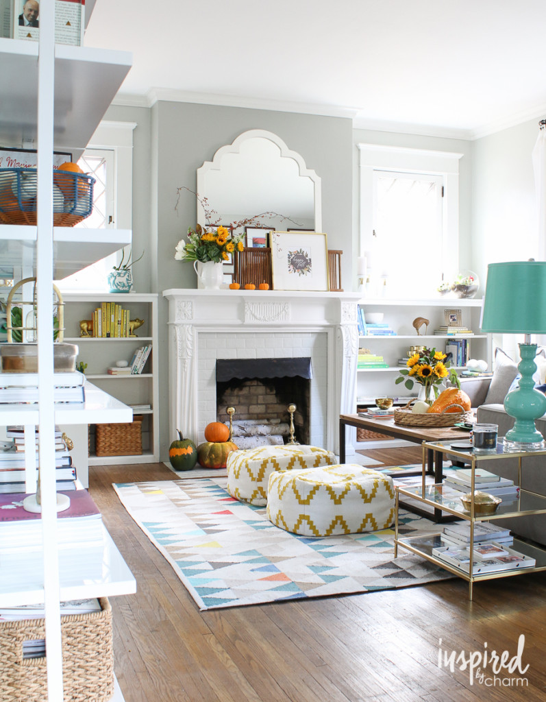 14 fabulous fall home tours Better homes and gardens living room ideas