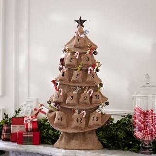 burlap-tree-advent-calendar-o