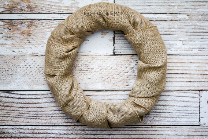 rustic-burlap-wreath-with-bells land2