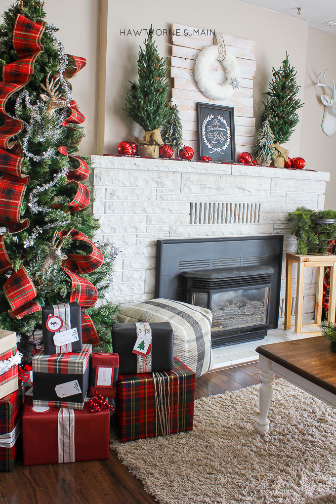 rustic plaid holiday christmas decor so pretty portrait3