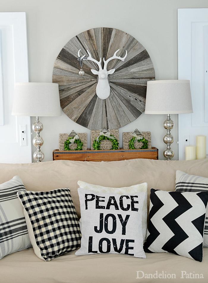 Happy-Holidays-Home-tour-living-room-Dandelion-Patina-blog