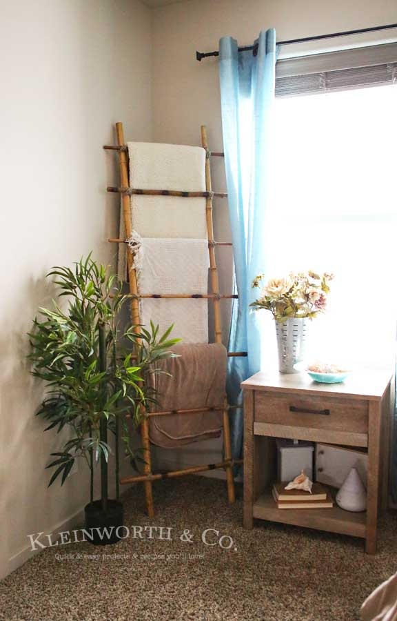 Blanket-Ladder-DIY