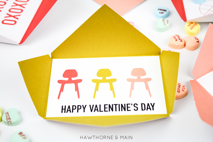 FREE Valentine's Day envelope printable. I love how simple these are. Perfect to give to friends. #valentine