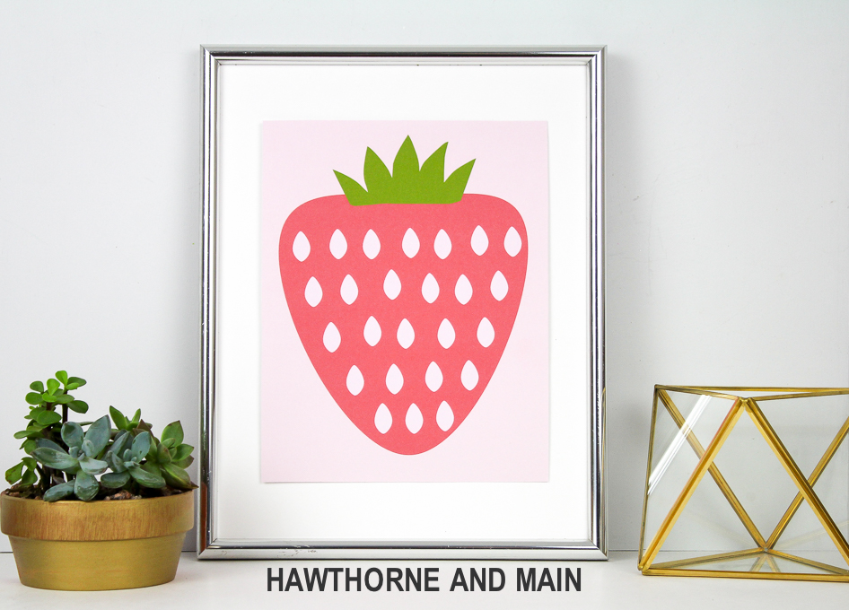 Love this strawberry printable! It is perfect for spring/summer. Totally pinning!