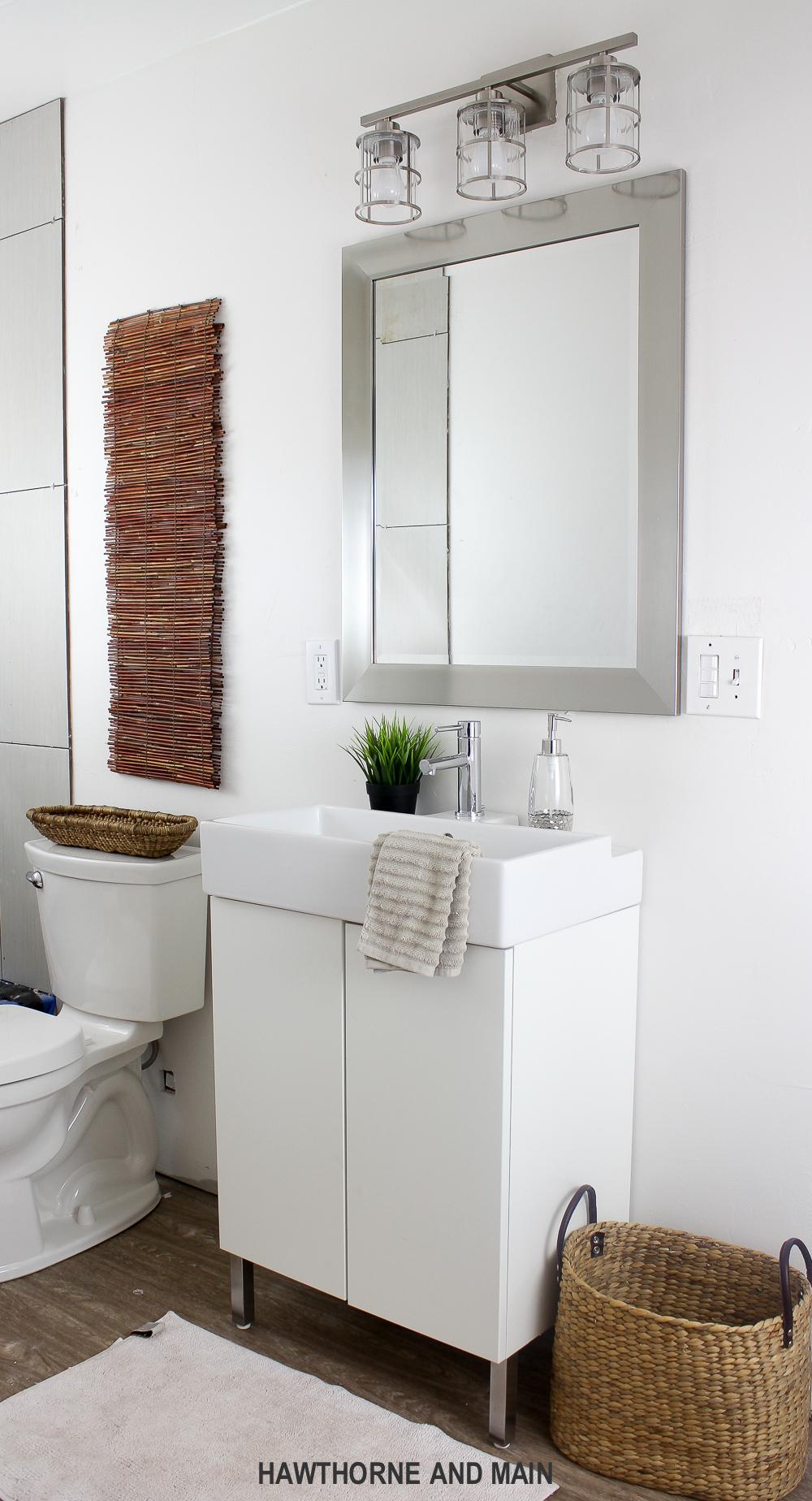 THE SUITE PECAN- Bathroom Sneak Peek – HAWTHORNE AND MAIN