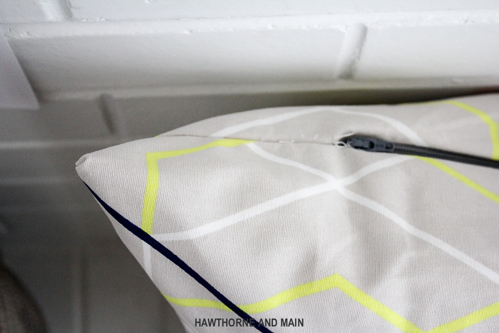 how-to-sew-a-pillow