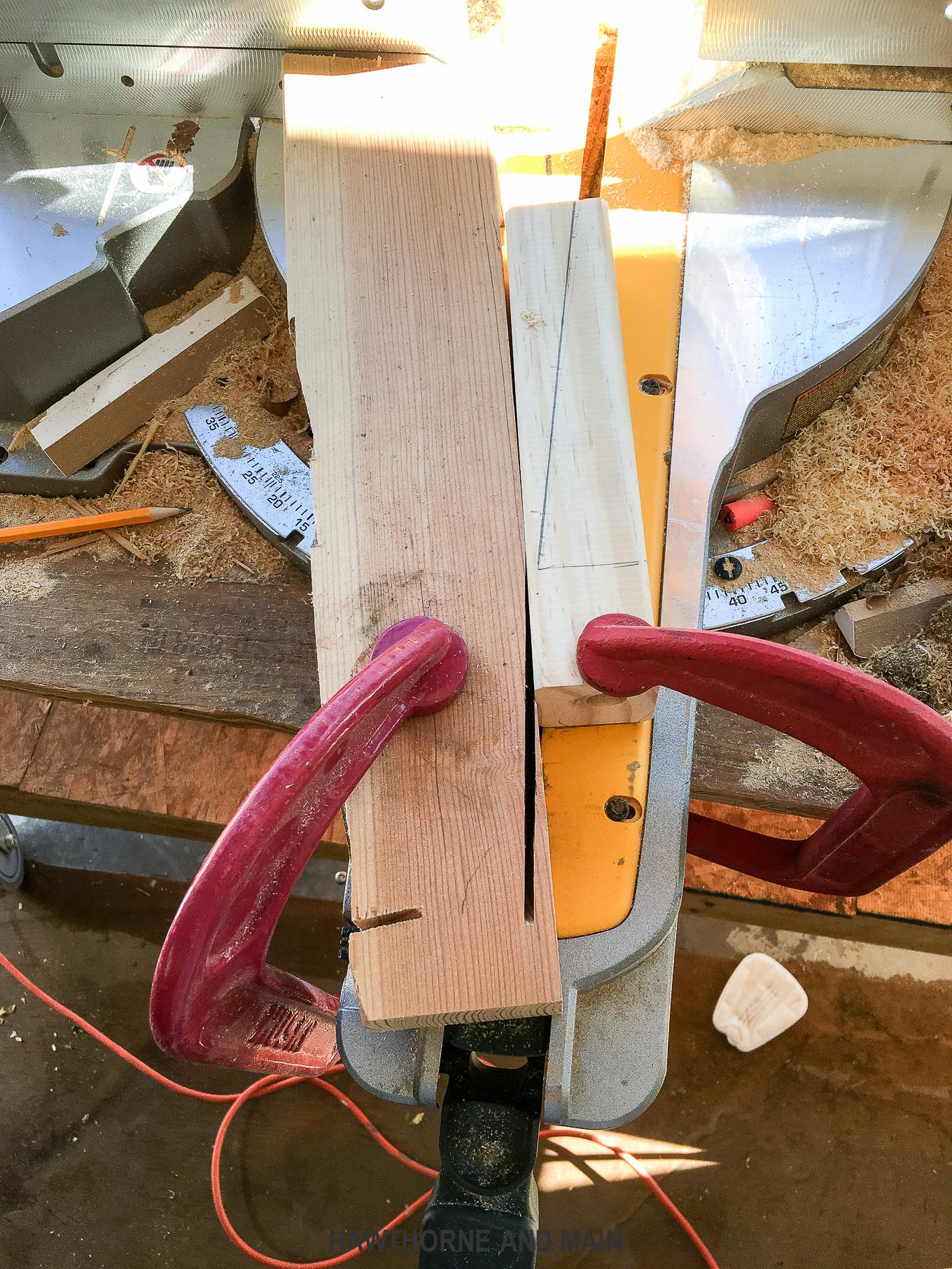 how-to-cut-mid-century-modern-legs