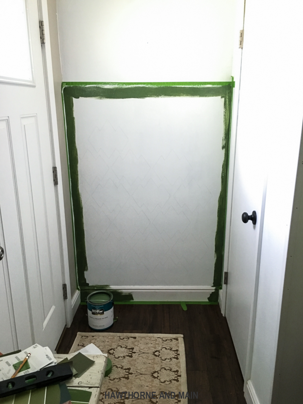 cutting-in-green-paint