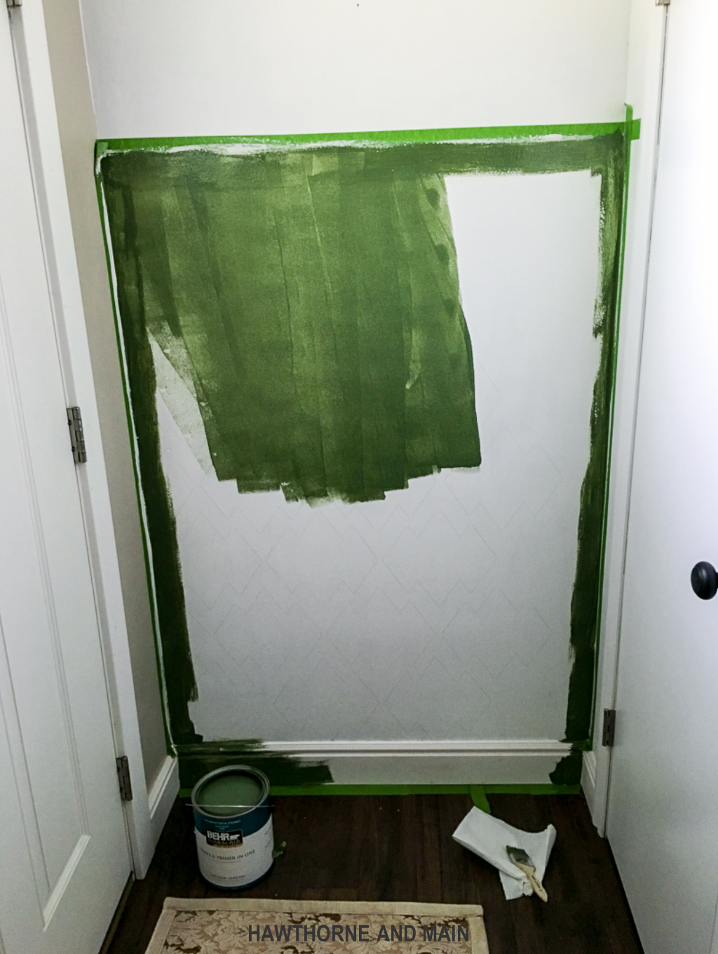 painting-an-entryway-green
