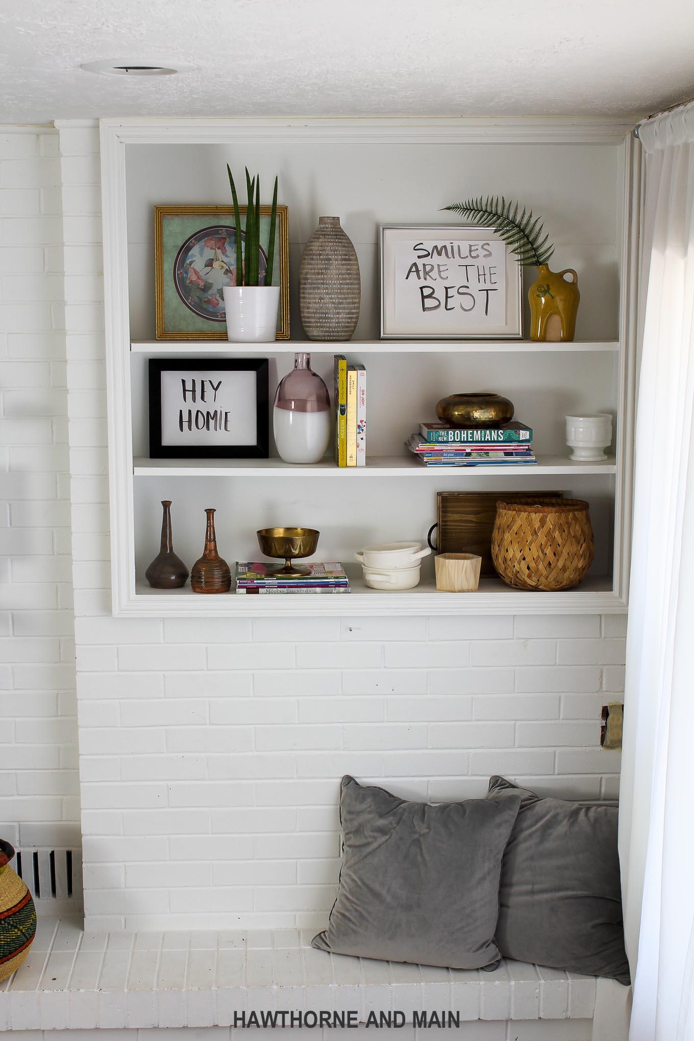 boho-bookshelf