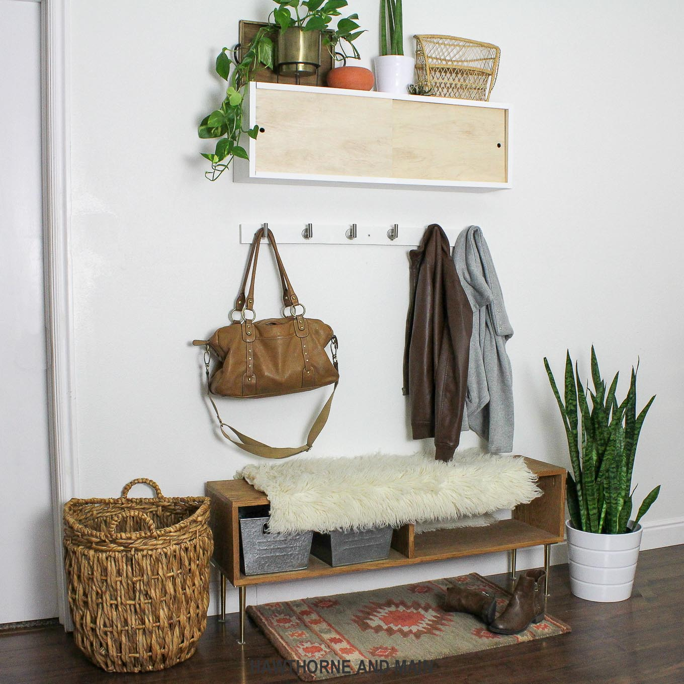 Simple DIY Coat Rack – HAWTHORNE AND MAIN